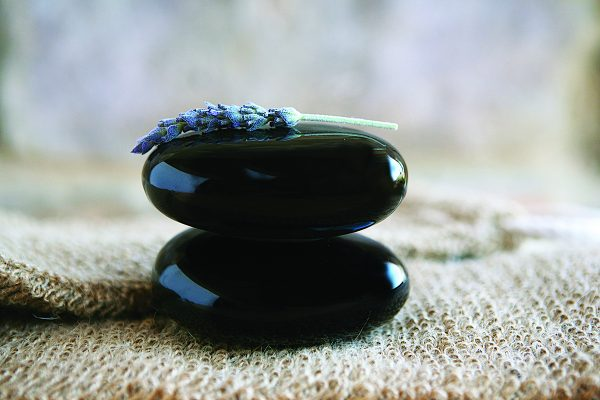 Porcelain Self-Heating Hot Stone