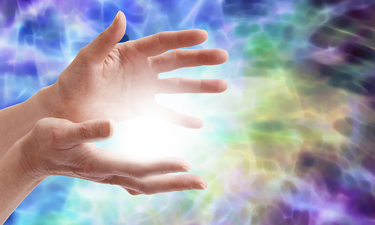 The Massage Therapist's Complete Guide to Reiki