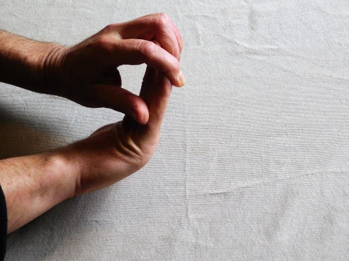 flex and extend the wrist