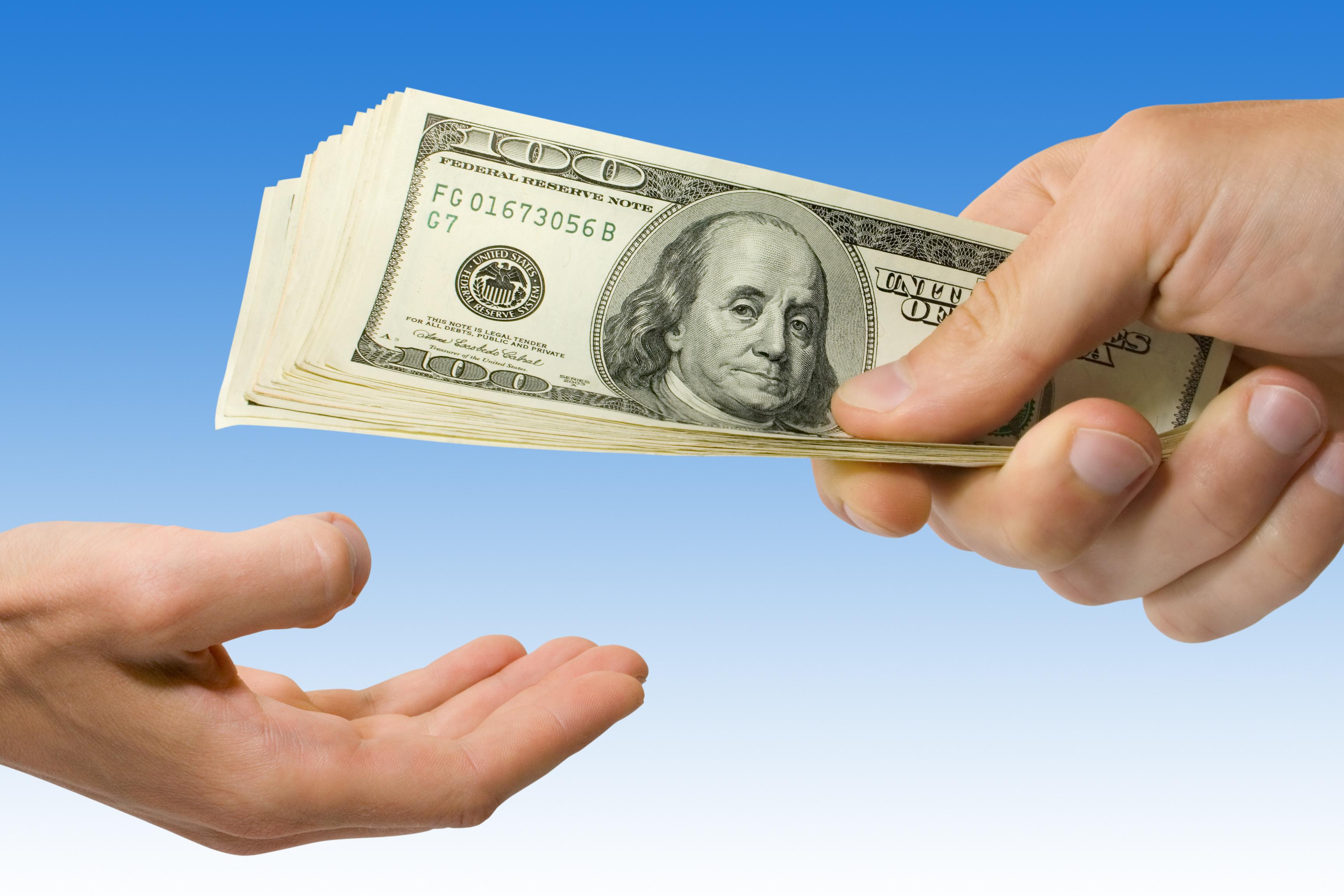 r2ck how to get money